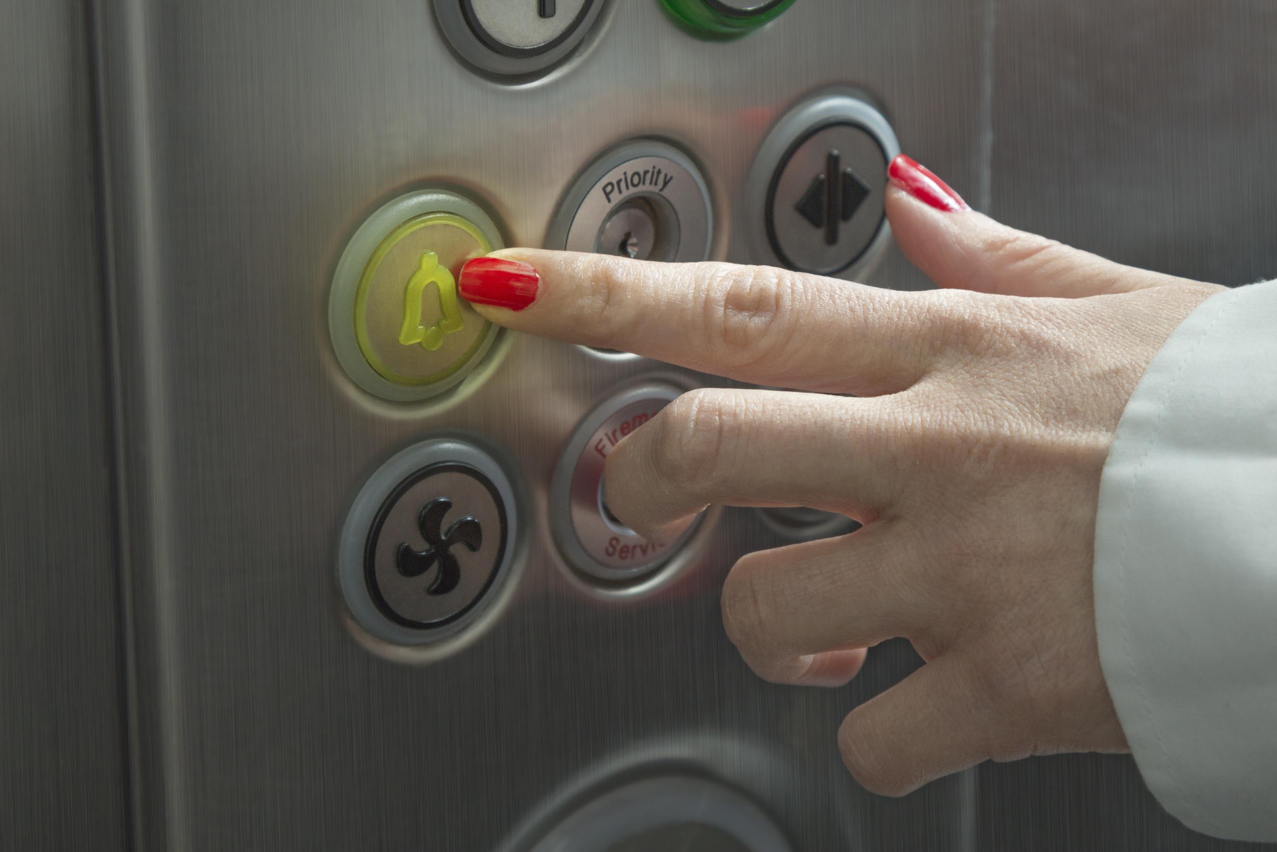 Fragen zum neuen Aufzug Notruf Gesetz